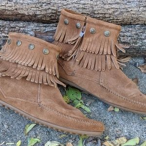 Minnetonka Brown Suede Moccassins